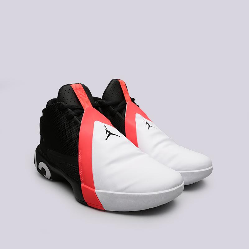 мужские чёрные, белые  кроссовки jordan ultra fly 3 AR0044-023 - цена, описание, фото 3