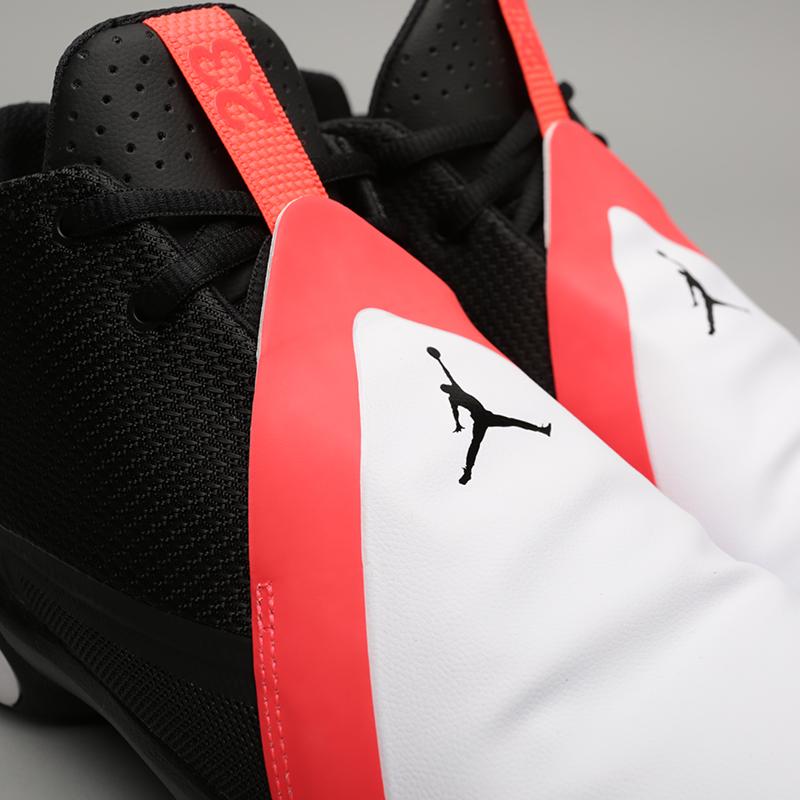 мужские чёрные, белые  кроссовки jordan ultra fly 3 AR0044-023 - цена, описание, фото 5