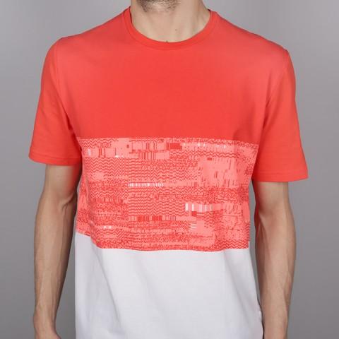 мужскую красную, белую  футболка under armour baseline btb 1323722-101 - цена, описание, фото 2