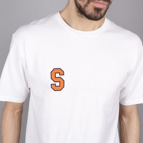 мужскую белую  футболка stussy college arc tee 1904260-white - цена, описание, фото 3