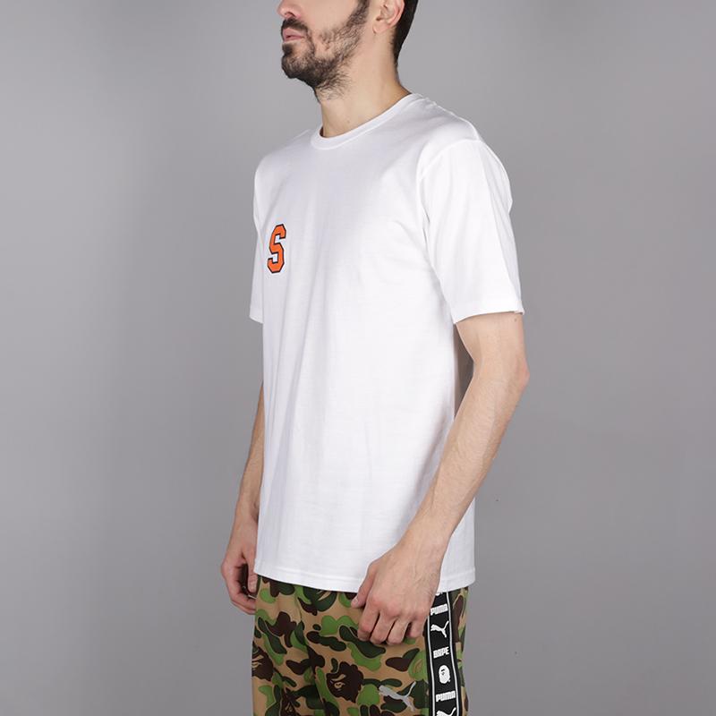 мужскую белую  футболка stussy college arc tee 1904260-white - цена, описание, фото 2
