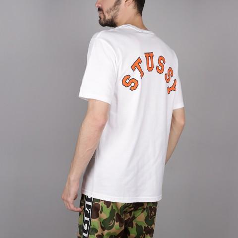 мужскую белую  футболка stussy college arc tee 1904260-white - цена, описание, фото 4