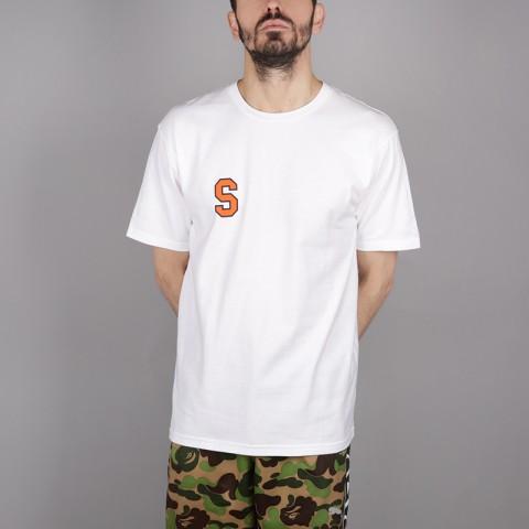 мужскую белую  футболка stussy college arc tee 1904260-white - цена, описание, фото 1
