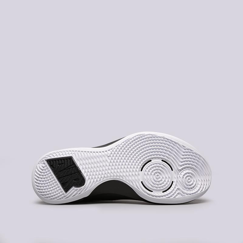 белые  кроссовки nike air versitile iii AO4430-100 - цена, описание, фото 2