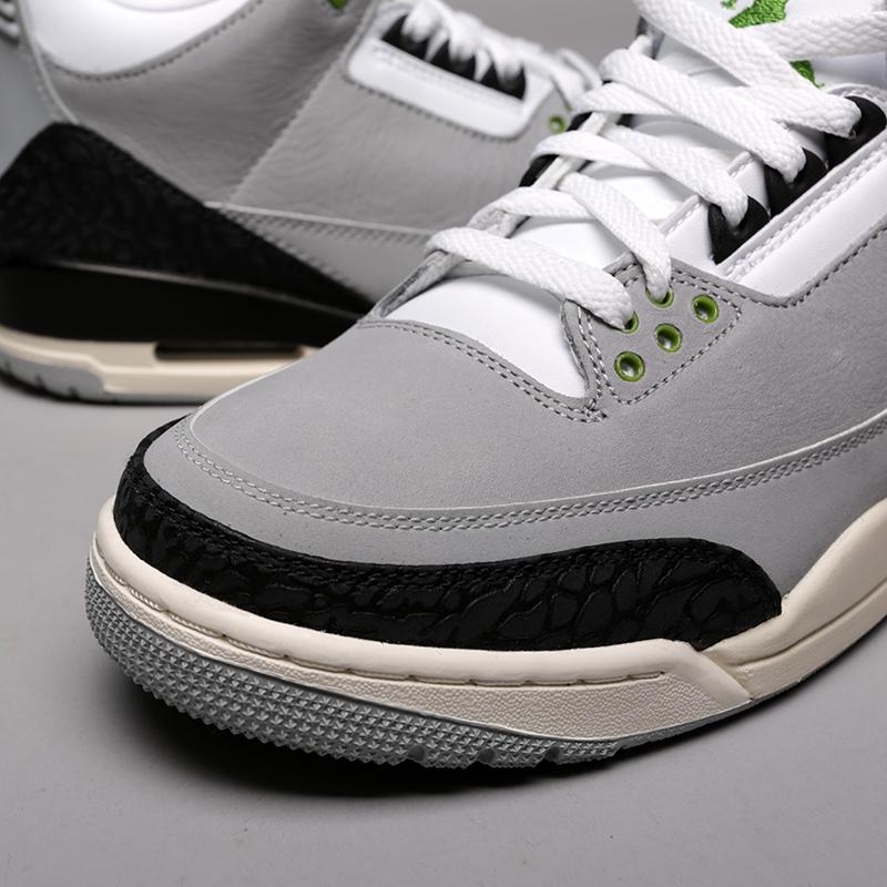 мужские серые  кроссовки jordan 3 retro 136064-006 - цена, описание, фото 5