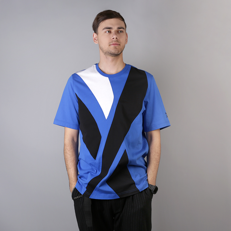 мужскую синюю  футболка reebok vector tee DH1274 - цена, описание, фото 1