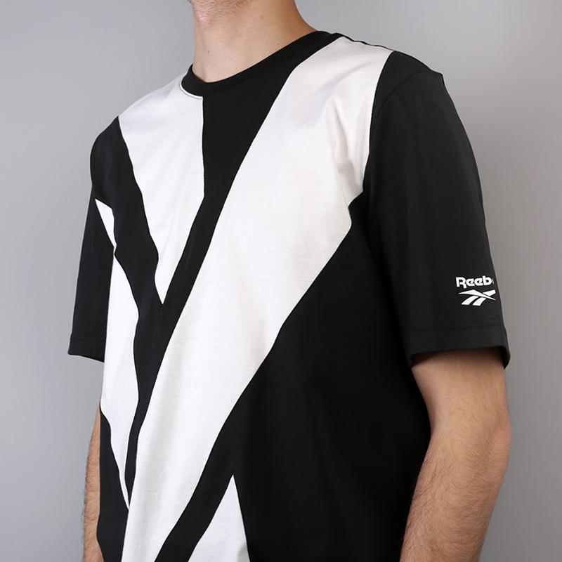 мужскую чёрную  футболка reebok vector tee DH1275 - цена, описание, фото 3