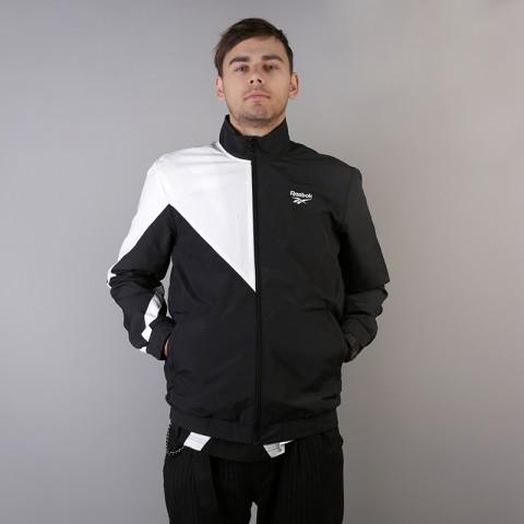 мужскую чёрную  куртку reebok lf tracktop DJ1950 - цена, описание, фото 3