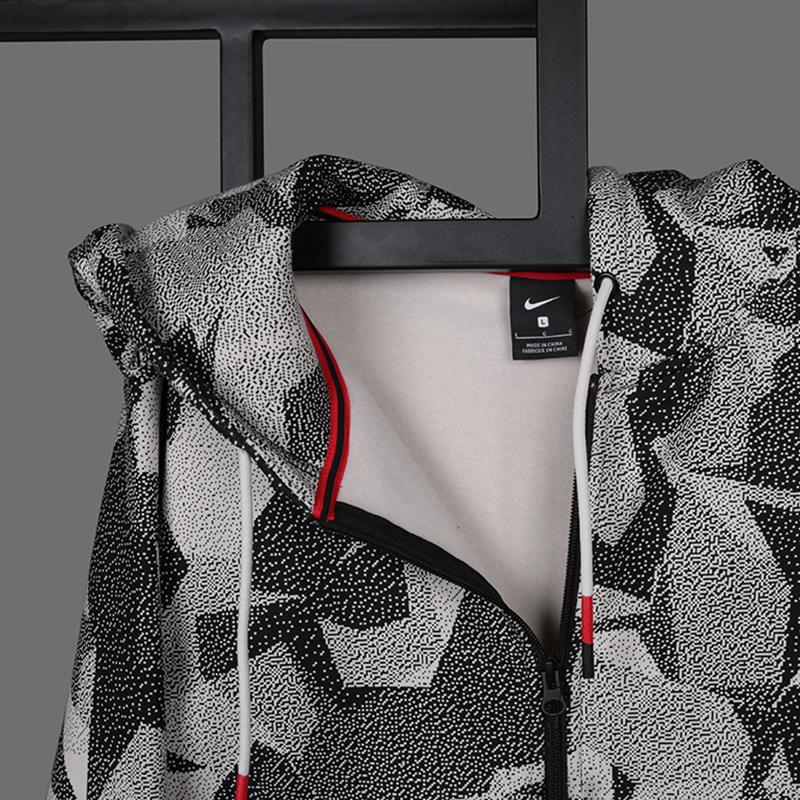 мужскую бежевую  толстовка nike kyrie full-zip hoodie AJ3385-102 - цена, описание, фото 2