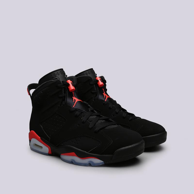 Кроссовки Jordan, Чёрный
