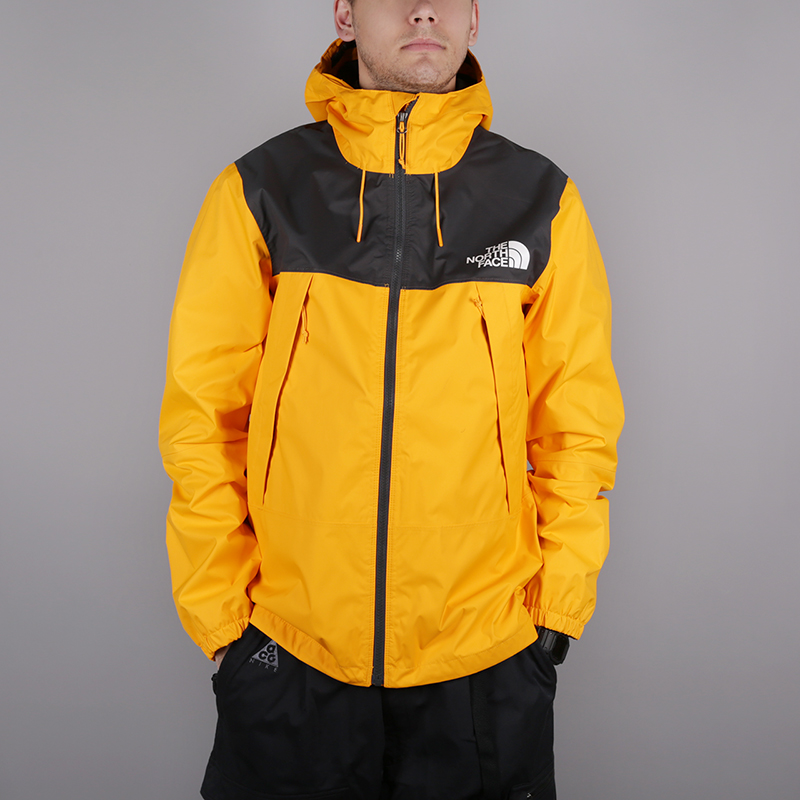 мужскую жёлтую  куртку the north face 1990 mountain quest jacket T92S51H6G - цена, описание, фото 1