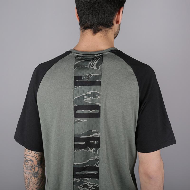 мужскую зелёную  футболка jordan 23 alpha AO8861-351 - цена, описание, фото 5