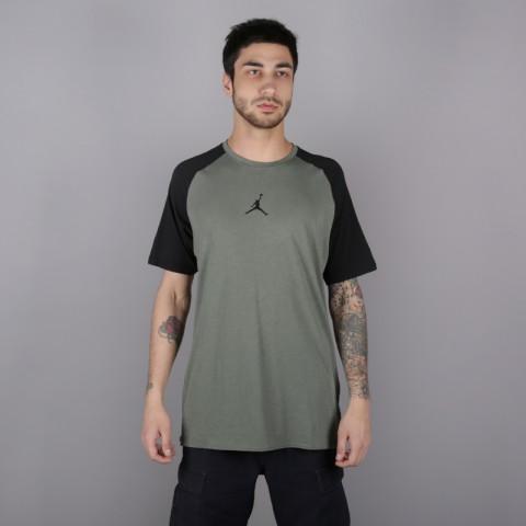 мужскую зелёную  футболка jordan 23 alpha AO8861-351 - цена, описание, фото 1