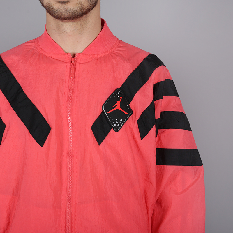мужскую розовую  куртку jordan aj6 nylon jacket BV5405-850 - цена, описание, фото 2