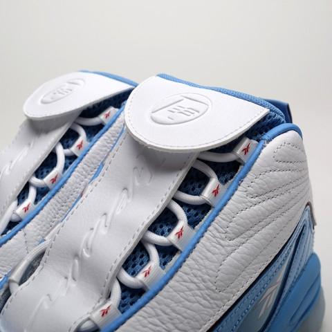 мужские белые, голубые  кроссовки reebok iverson legacy CN8405 - цена, описание, фото 6
