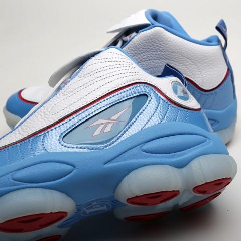 мужские белые, голубые  кроссовки reebok iverson legacy CN8405 - цена, описание, фото 7
