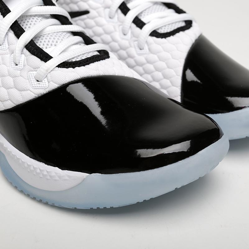 белые, чёрные  кроссовки nike lebron witness iii prm BQ9819-100 - цена, описание, фото 5