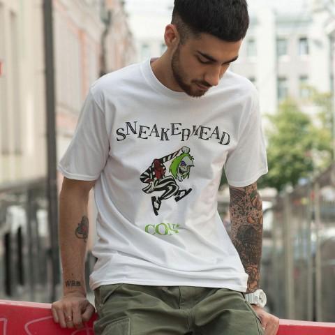 белую  футболка sneakerhead sneakerhead con Битлджус - цена, описание, фото 1