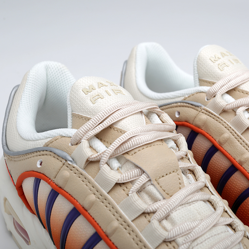 мужские бежевые  кроссовки nike air max tailwind iv AQ2567-200 - цена, описание, фото 6
