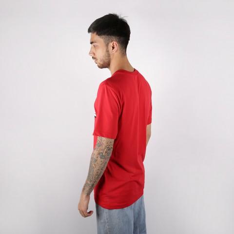 мужскую красную  футболка nike run as one AT0806-657 - цена, описание, фото 3