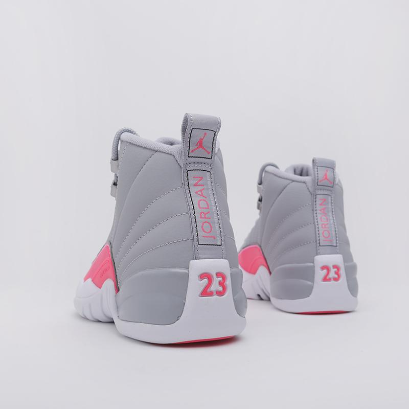 женские серые  кроссовки jordan 12 retro (gs) 510815-060 - цена, описание, фото 4