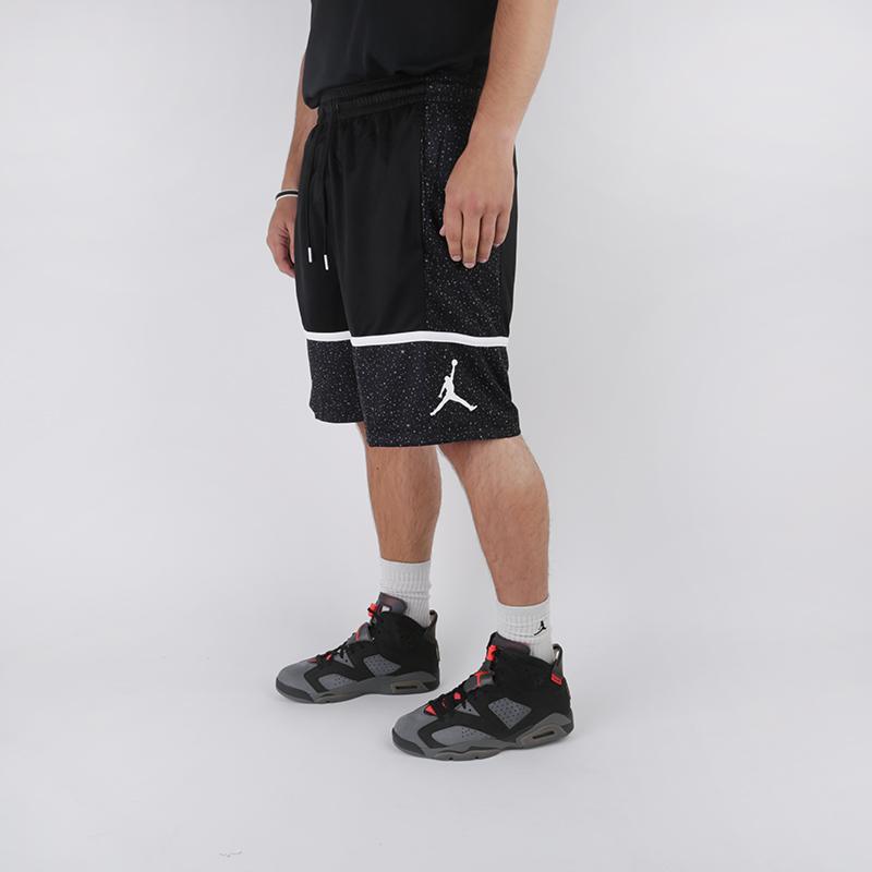 мужские чёрные  шорты jordan jumpman graphic short AV3211-013 - цена, описание, фото 2