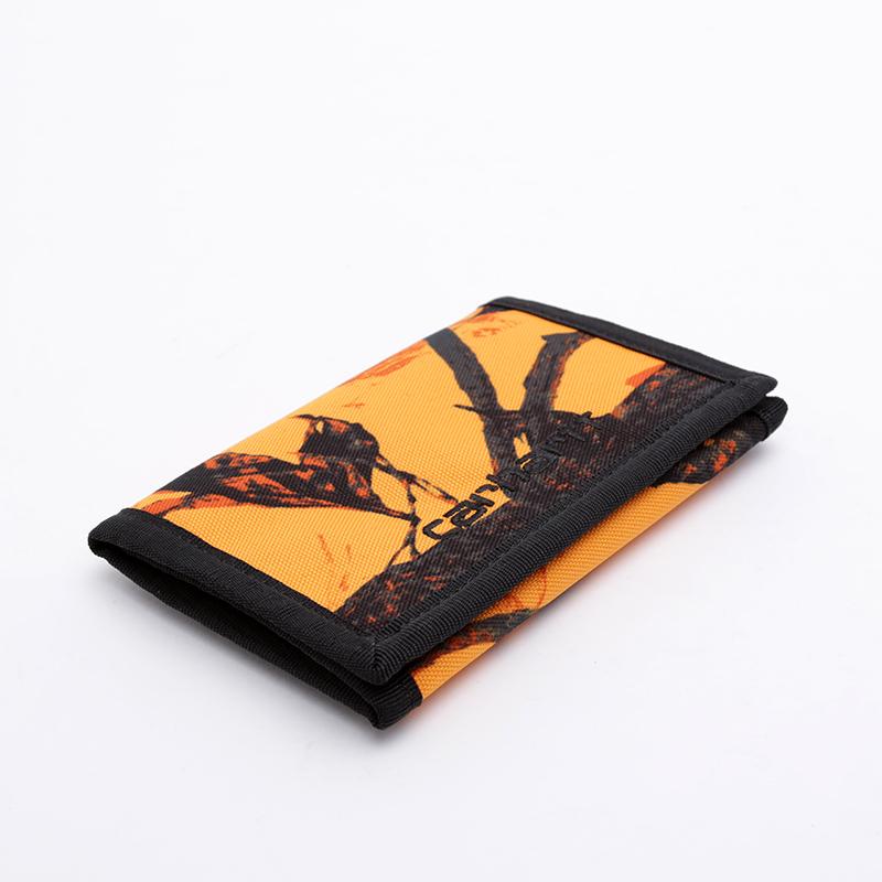 оранжевый, чёрный  бумажник carhartt wip payton wallet I025411-orng/blk - цена, описание, фото 1