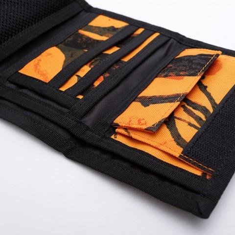 оранжевый, чёрный  бумажник carhartt wip payton wallet I025411 - цена, описание, фото 3