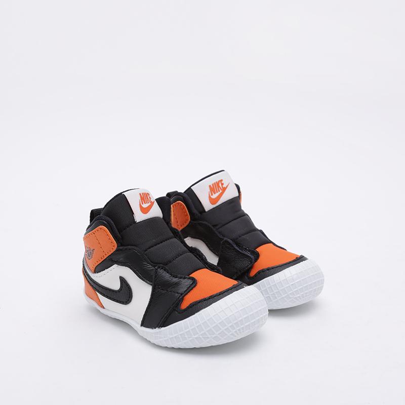 детские чёрные, оранжевые, белые  кроссовки jordan 1 crib bootie AT3745-108 - цена, описание, фото 1