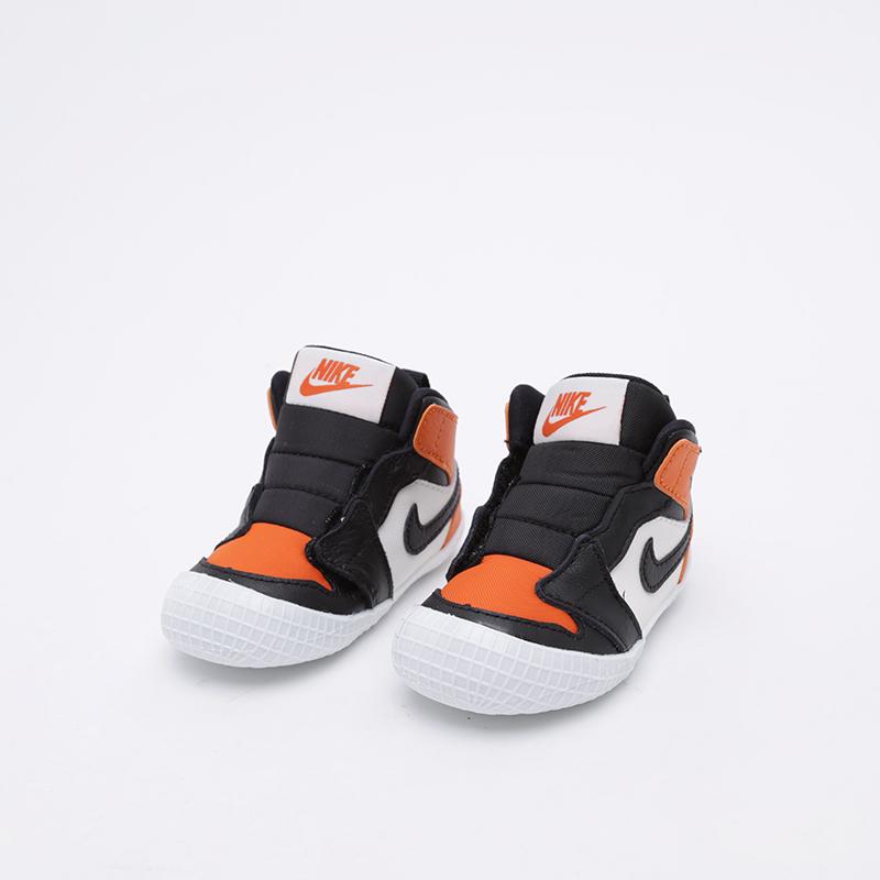 детские чёрные, оранжевые, белые  кроссовки jordan 1 crib bootie AT3745-108 - цена, описание, фото 2