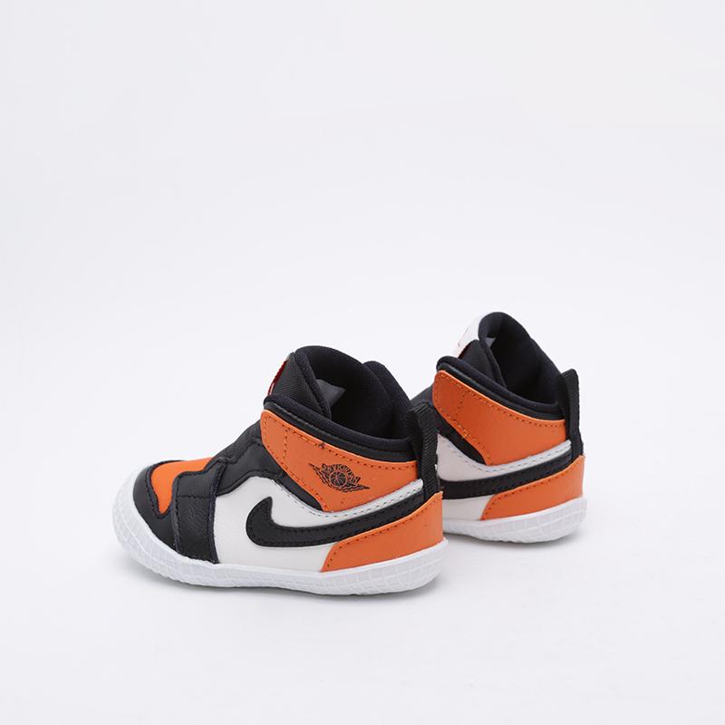 детские чёрные, оранжевые, белые  кроссовки jordan 1 crib bootie AT3745-108 - цена, описание, фото 3