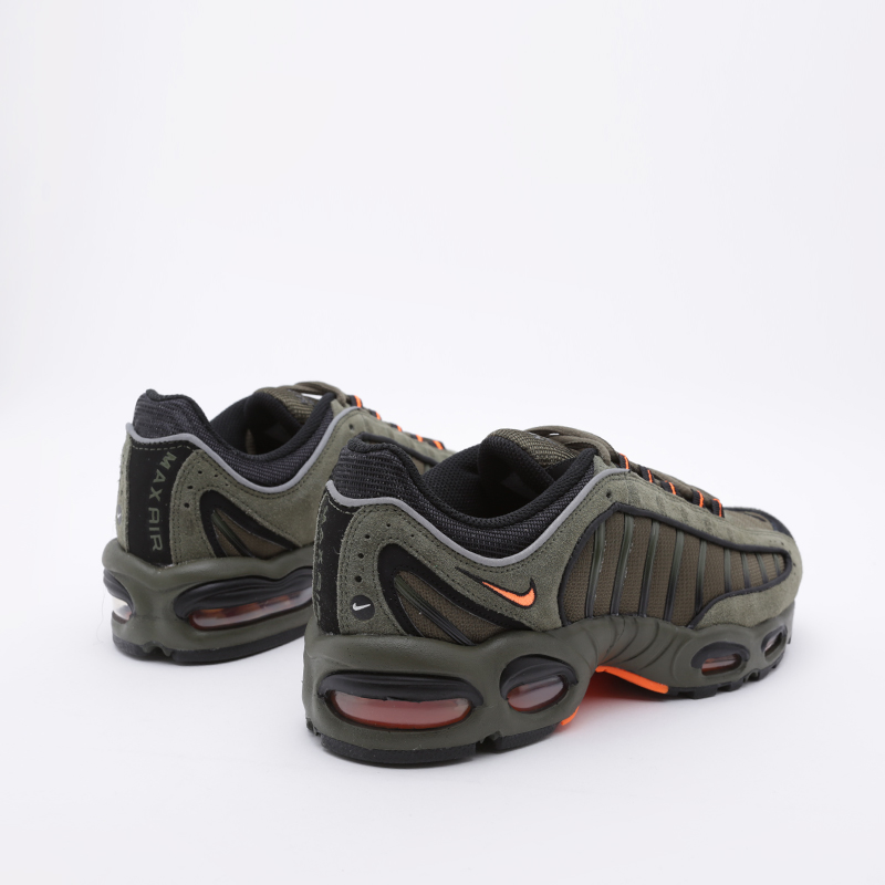Мужские кроссовки Air Max Tailwind IV SE от Nike (CJ9681 300) оригинал купить по цене 14490 руб. в интернет магазине Streetball