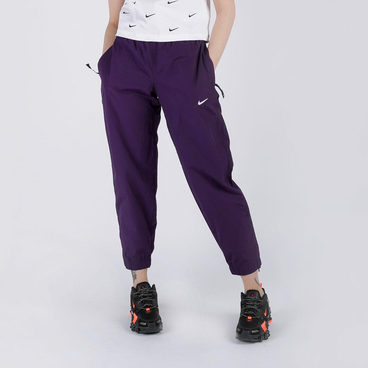 женские фиолетовые  брюки nike track pant purple CQ4003-525 - цена, описание, фото 1