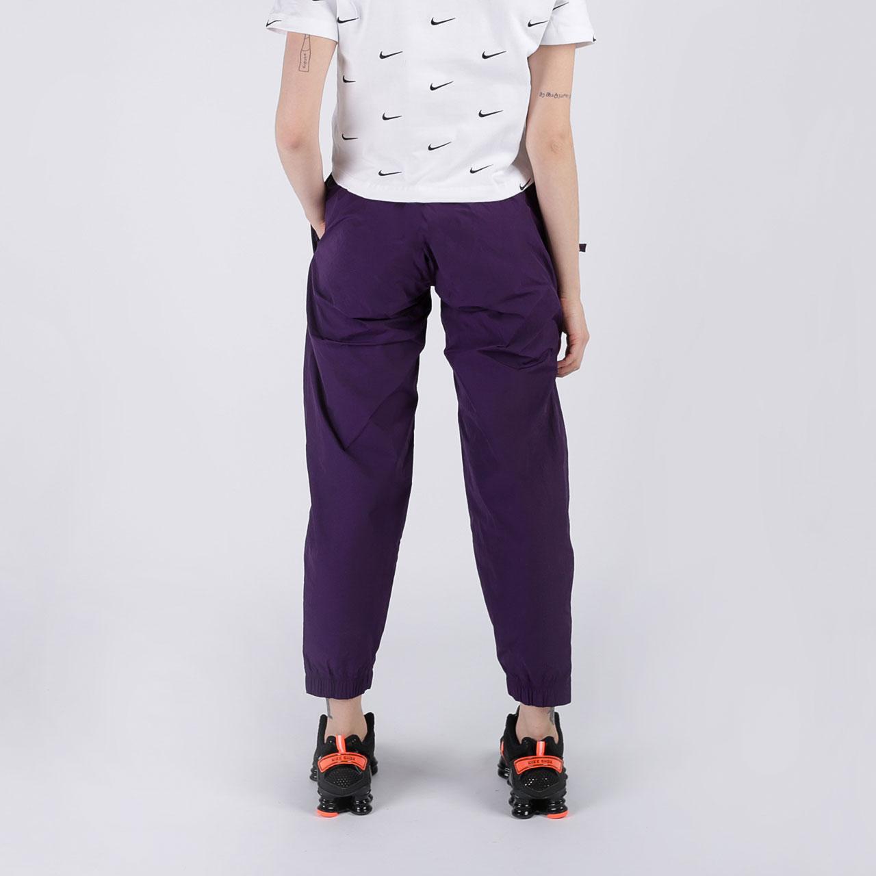 женские фиолетовые  брюки nike track pant purple CQ4003-525 - цена, описание, фото 6