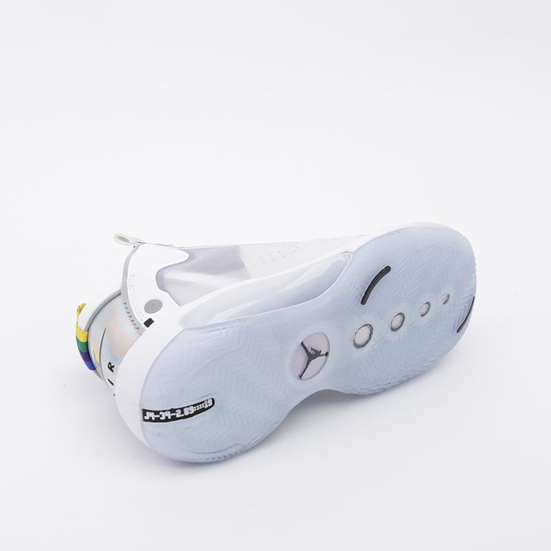 женские белые  кроссовки jordan xxxiv (gs) BQ3384-101 - цена, описание, фото 3
