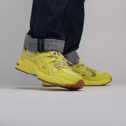 желтые  кроссовки asics gel-kayano 5 re 1021A411-750 - цена, описание, фото 7