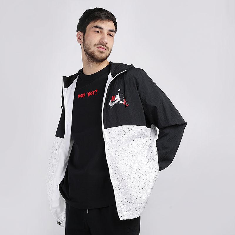 мужскую чёрную, белую  куртку jordan jumpman classics windwear jacket CT9368-010 - цена, описание, фото 1