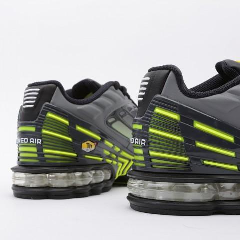мужские серые  кроссовки nike air max plus iii CD7005-002 - цена, описание, фото 4