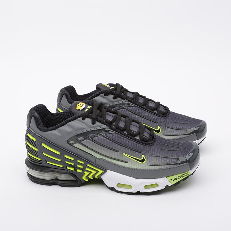 мужские серые  кроссовки nike air max plus iii CD7005-002 - цена, описание, фото 2