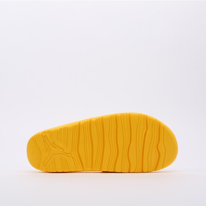 мужские жёлтые  сланцы jordan break slide AR6374-701 - цена, описание, фото 4