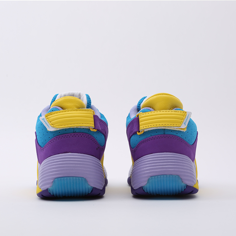 разноцветные  кроссовки reebok answer v mu FW7506 - цена, описание, фото 4