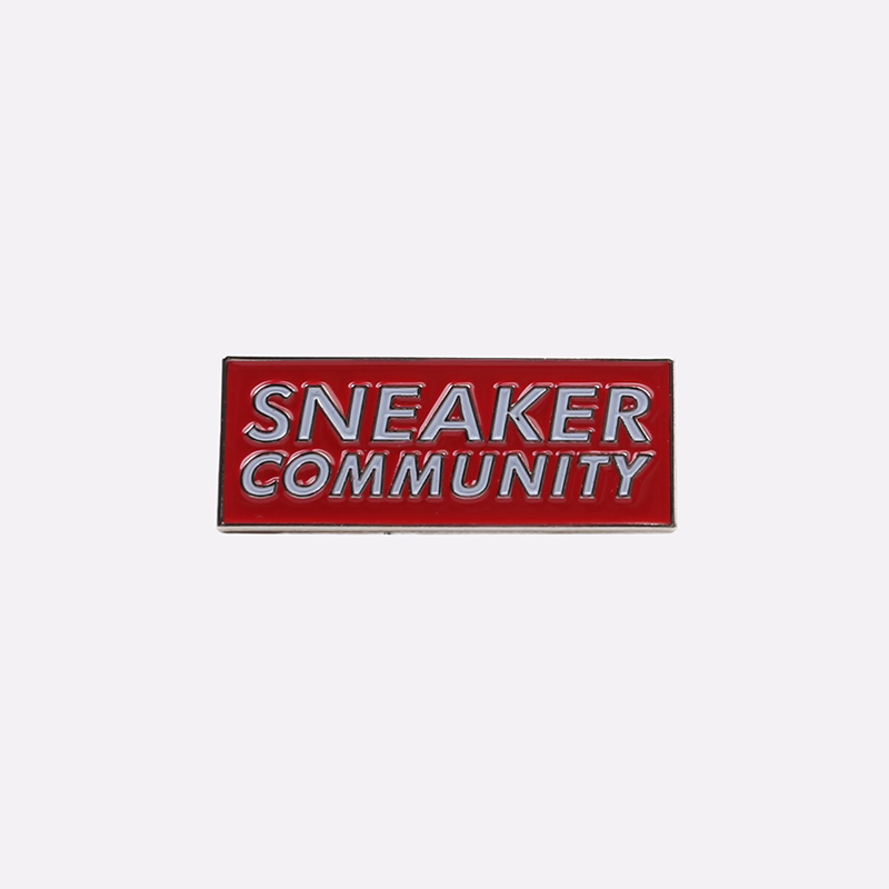 красный  значок pin bar sneaker community Pb9 - цена, описание, фото 1