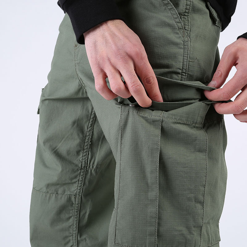 мужские зеленые  брюки carhartt wip regular cargo pant I015875-dollar green - цена, описание, фото 3
