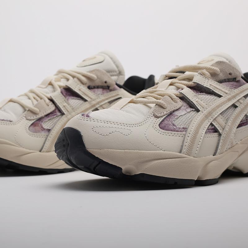мужские бежевые  кроссовки asics gel-kayano 5 re 1021A411-200 - цена, описание, фото 6