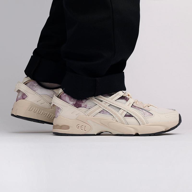мужские бежевые  кроссовки asics gel-kayano 5 re 1021A411-200 - цена, описание, фото 9