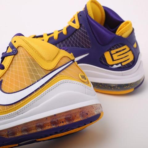 мужские жёлтые, фиолетовые  кроссовки nike lebron vii qs CW2300-500 - цена, описание, фото 6