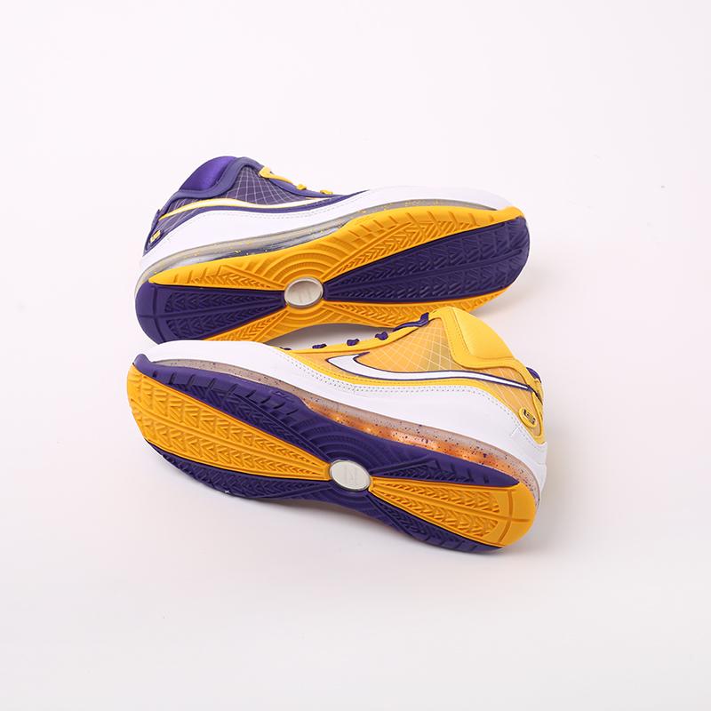 мужские жёлтые, фиолетовые  кроссовки nike lebron vii qs CW2300-500 - цена, описание, фото 3
