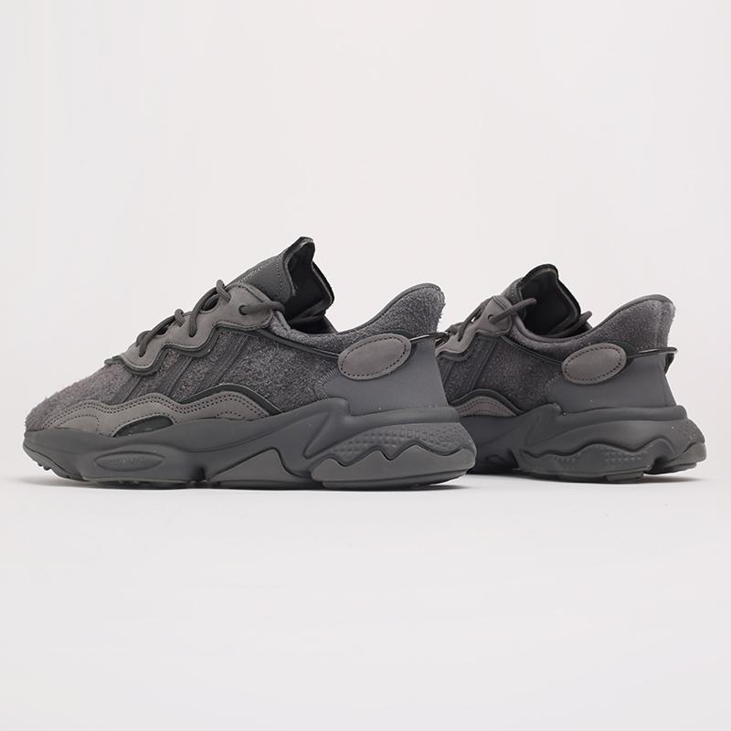мужские серые  кроссовки adidas ozweego EG0547 - цена, описание, фото 3