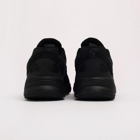 мужские чёрные  кроссовки adidas yung-1 G27026 - цена, описание, фото 4