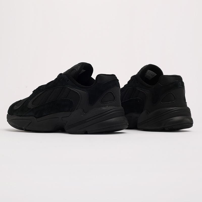 мужские чёрные  кроссовки adidas yung-1 G27026 - цена, описание, фото 3